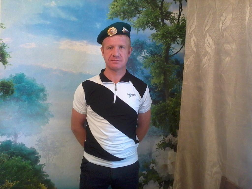 Знакомства Челябинск, фото мужчины Андрей, 41 год, познакомится для флирта, любви и романтики, cерьезных отношений