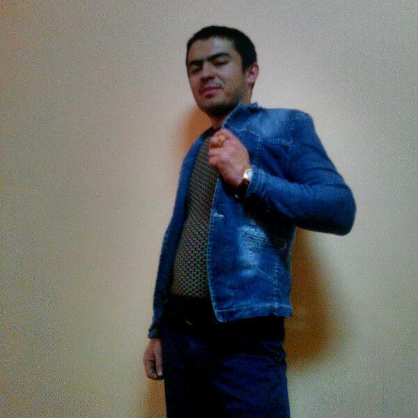 Знакомства Красноярск, фото парня Анвар, 24 года, познакомится для флирта, любви и романтики, cерьезных отношений