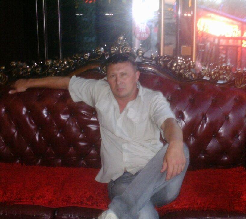 Знакомства Чита, фото мужчины Сергей, 39 лет, познакомится для флирта, любви и романтики
