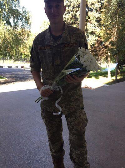 Фото мужчины Владимир, Харьков, Украина, 19