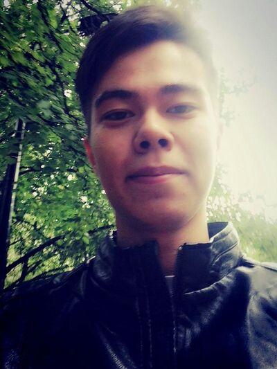 Фото мужчины нодир, Елабуга, Россия, 20